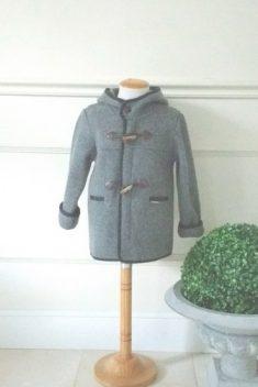 Trenka tejido austriaco gris alamares cordón